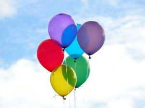 13202_colored_balloons